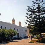 Panayia Ekatondapiliani Cathedral