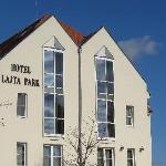  Hotel Latja Park