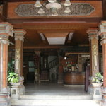  Entry of the hotel