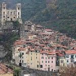  l&#39;antico borgo di Dolceacqua dalla terrazza del b&amp;b
