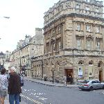 Traveloge, Bath