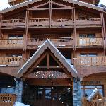 The front of Chalet Val 2400