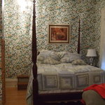 Photo of Colonial Gardens Bed and Breakfast Sturgeon Bay
