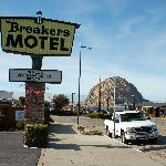 Фотография Breakers Motel