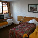  Hotel L&#39;Explorers - Triple Room