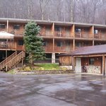 The Four Seasons Lodge Richwood