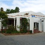  Front View of B&amp;B