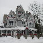 Foto van Grey Gables Mansion