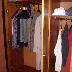  Generously sized closet