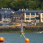 Glandore Marine Hotel