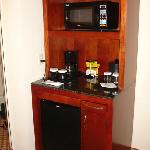 Refrigerator (no minibar) and microwave, also coffee maker