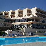 Photo de Hotel Themis Beach