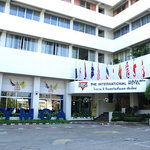YMCA International Hotel resmi