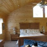 Cozy Bear - Master Bedroom
