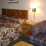 Americas Best Value Inn - Fredericksburg North Foto