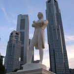 Statue of Raffles