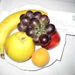 Fresh fruit in room