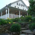 Glenwood House B&B and Cottage Suiteの写真