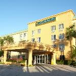 صورة فوتوغرافية لـ ‪La Quinta Inn & Suites Miami Cutler Ridge‬