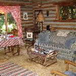 Foto de Guest House Log Cottages