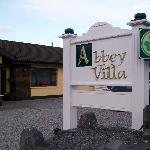 Arrival to Abbey Villa