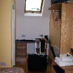  Our room--that&#39;s a desk in the corner and one small window