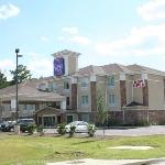 outside view of Sleep Inn Pooler