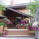 Foto di Alaskan Frontier Gardens Bed and Breakfast