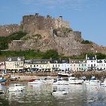  view of Gorey (the hotel is the first building on the left)