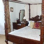 The most beautiful & comfortable bed!!