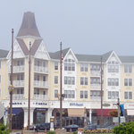  Pier Village