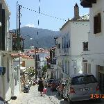 Typical back street in Skopelos
