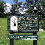  Gift Shop Sign