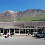 Swiftcurrent - Check In and Restaurant
