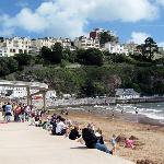 Lovely beach front Torquay