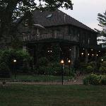  The Inn at dusk