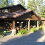 Edgar's Riverview Bed and Breakfast