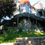 Φωτογραφία: Reagan's Queen Anne B & B