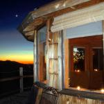 Mayacama Mountaintop Retreat / Clair de Lune Cottage