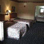 Foto Econo Lodge Inn & Suites Memphis
