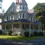 ‪King's Victorian Inn Bed and Breakfast‬