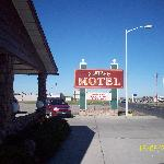  The Western Motel