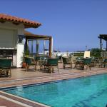 Castello Village Hotel Apartments Sissi