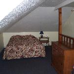 Upstairs Family Suite (2 Qeens here)
