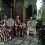 This is a band of typical Moroccan that was playing at PALAIS DIDI