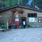 HI Athabasca Falls Wilderness Hostelの写真