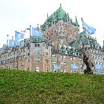 Landmark Le Chateau Frontenac, 5-minute walk from the Fleur de Lys.
