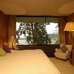 The rooms, they all over look the lake
