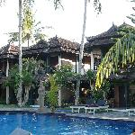 Batu Bolong Cottages Foto