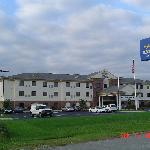 Holiday Inn  Express, Rola, MO